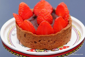 Strawberry & Dark Chocolate Tarte | schabakery.com