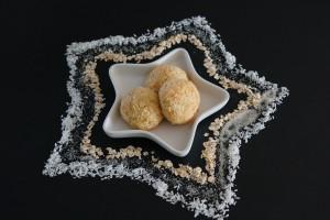 Coconut Crisp cookies | schabakery.com
