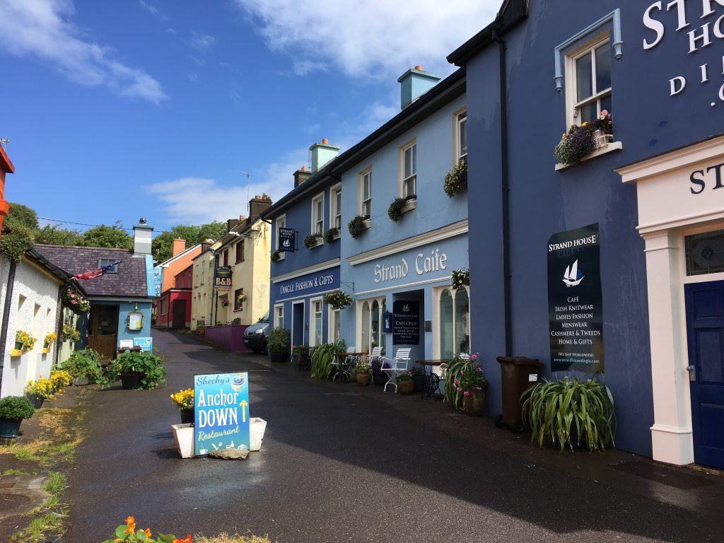Dingle Ireland, Travel Diary of an Irish Roadtrip along the Wild Atlantic Way | schabakery.com