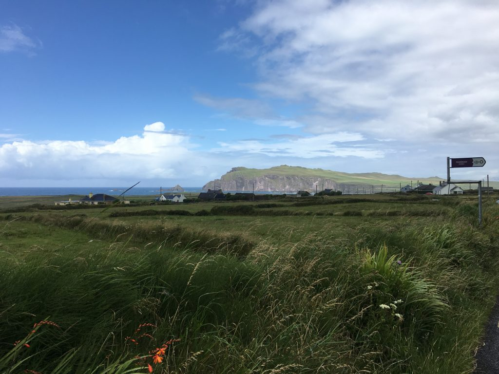 Slea Head Drive Ireland, Travel Diary of an Irish Roadtrip along the Wild Atlantic Way | schabakery.com